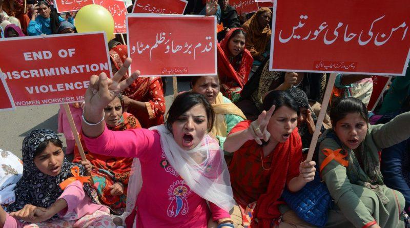 Pakistani-homen