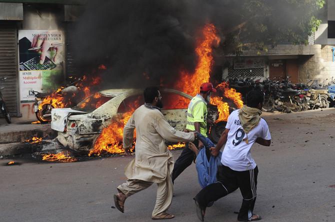 karachi-violence-afp-670-7