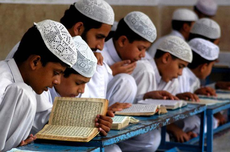 انگریز حکومت اور مدرسوں کے تعلقات: مسلم لیگ کا نظریہ کیا تھا؟