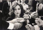 کیا سگریٹ نوشی مردوں کو بھی شہرت دلوا سکتی ہے؟