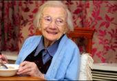 گرم دلیہ اور مردوں سے دوری ۔ عمر 109 سال