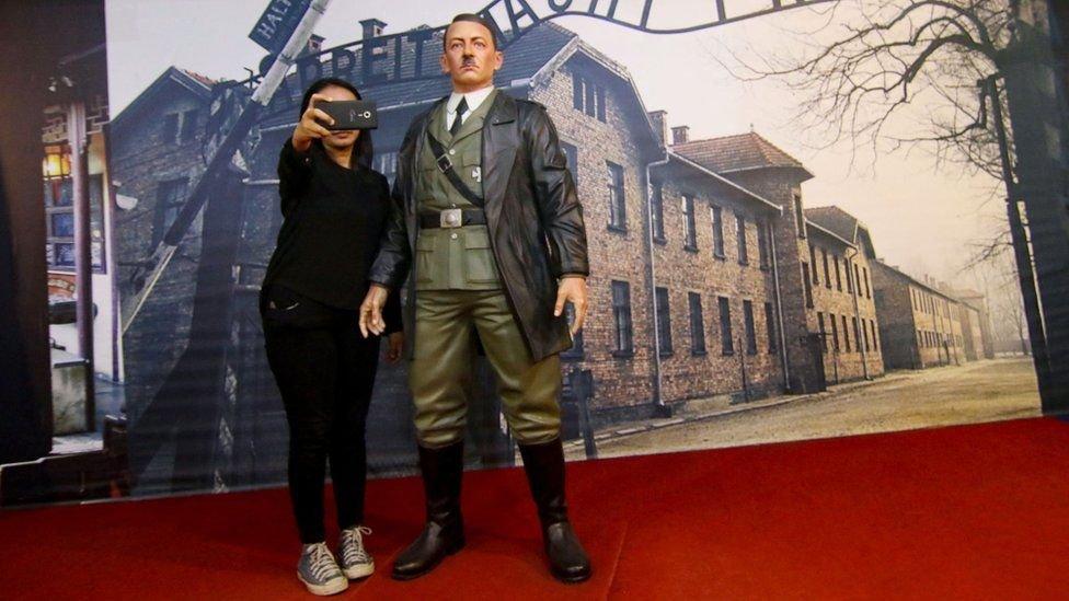 ہٹلر کا موم کا مجسمہ