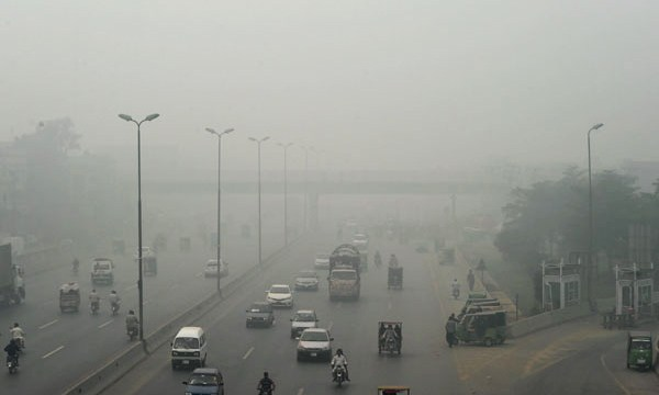 فضائی آلودگی کے لحاظ سے لاہور دنیا میں پہلےنمبر پر آ گیا