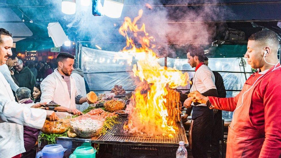 مراکش کے ایک بازار کا منظر