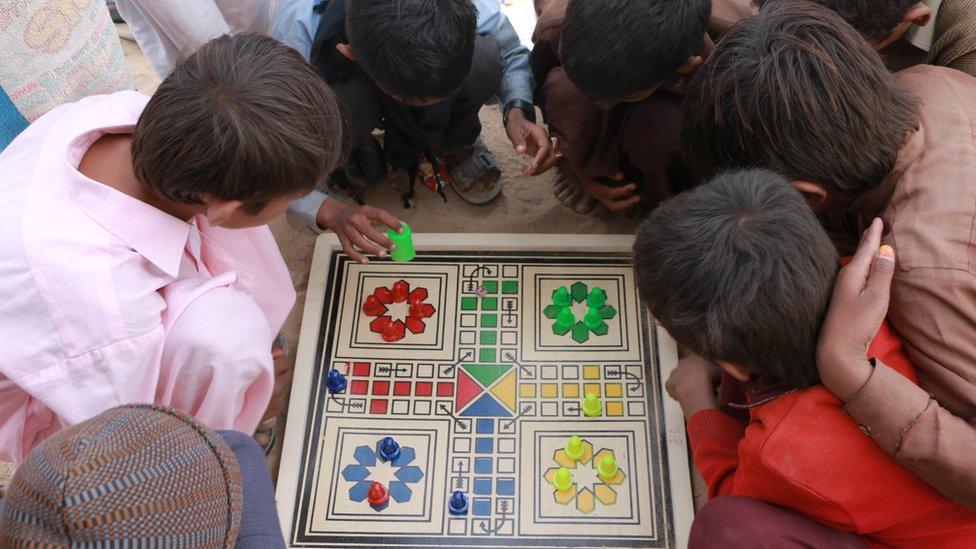 ہندو برادری، تعلیم
