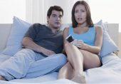 فحش فلمیں دیکھنے والے مردوں کی بیویاں کس خوفناک بیماری میں مبتلا ہو سکتی ہیں؟