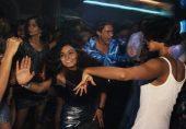 دہلی میں شراب و شباب کی شبینہ محفل پر چھاپہ: نابالغ لڑکوں اور لڑکیوں سمیت 600 افراد گرفتار