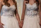 ہم جنس پرست خواتین زیادہ خوش رہتی ہیں: سائنسی تحقیق