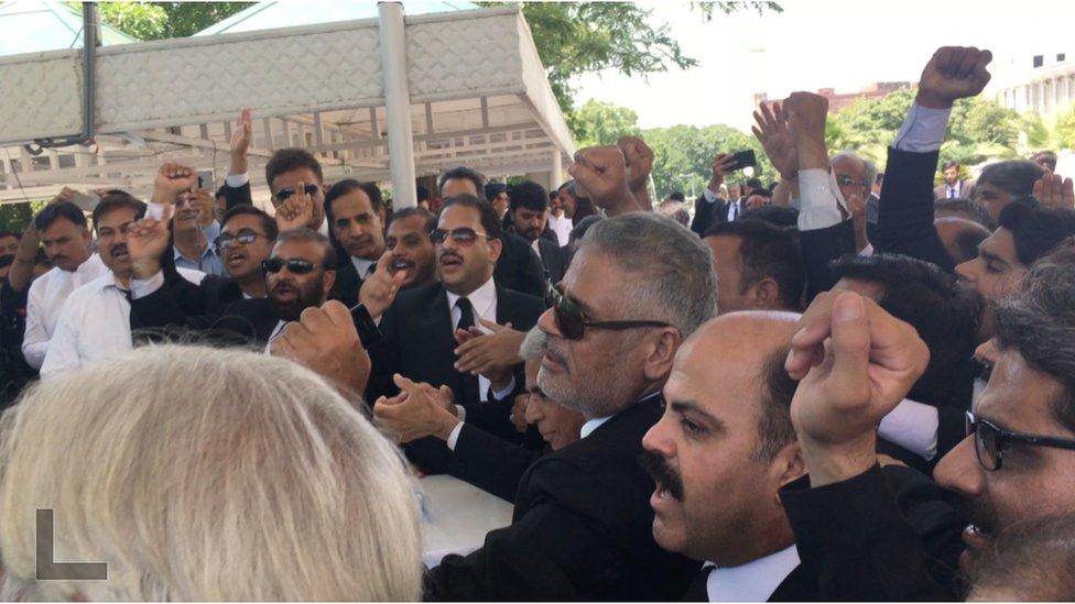 وکلا احتجاج