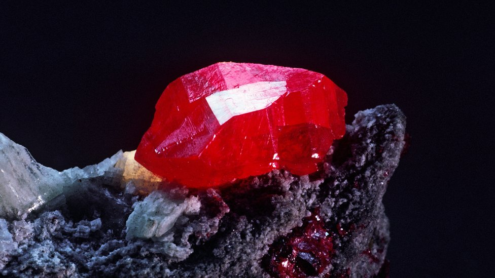 A lump of red mercury sulphide