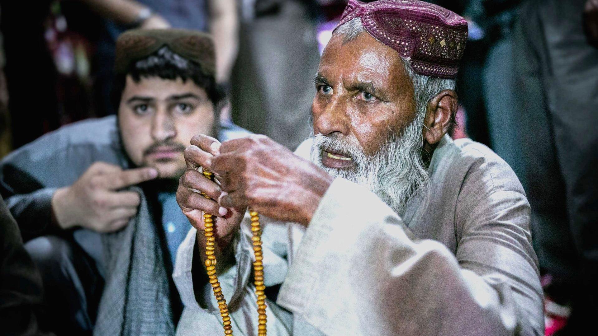 Elderly Talib prisoner in Pul-e-Charkhi prison, Afghanistan
