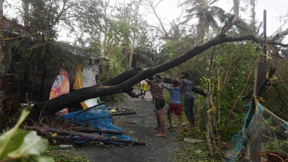 سمندری طوفان بلبل کی تباہ کاری