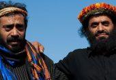 سعودی عرب کے گُل پوش: عسیر کے سرسبز پہاڑوں پر پھولوں کا تاج پہننے والے قحطانی مرد