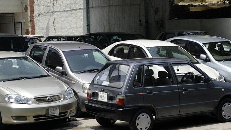 گاڑیوں کی قیمت