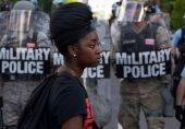 جارج فلائیڈ کی ہلاکت: کیا امریکی صدر ڈونلڈ ٹرمپ ریاستوں میں فوج کو تعینات کر سکتے ہیں؟