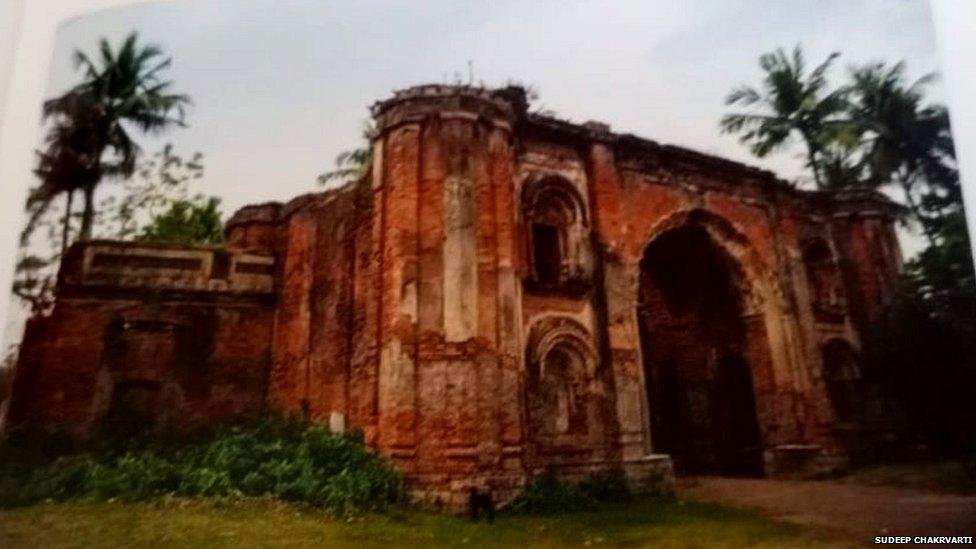 میر جعفر کے گھر ' نمک حرام ڈیوڑھی' کا داخلی دروازہ