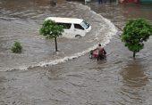 لاہور میں بارش کے بعد کے مناظر