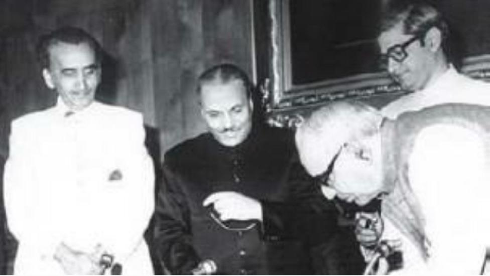 ضیا اور محمد خان جونیجو