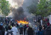 چلی میں عدم مساوات کے خلاف ہزاروں افراد کا مظاہرہ، دو چرچ نذرِ آتش