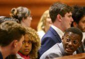 امریکہ کے صدارتی انتخابات میں نوجوان ووٹرز کا کردار کتنا اہم ہو گا؟