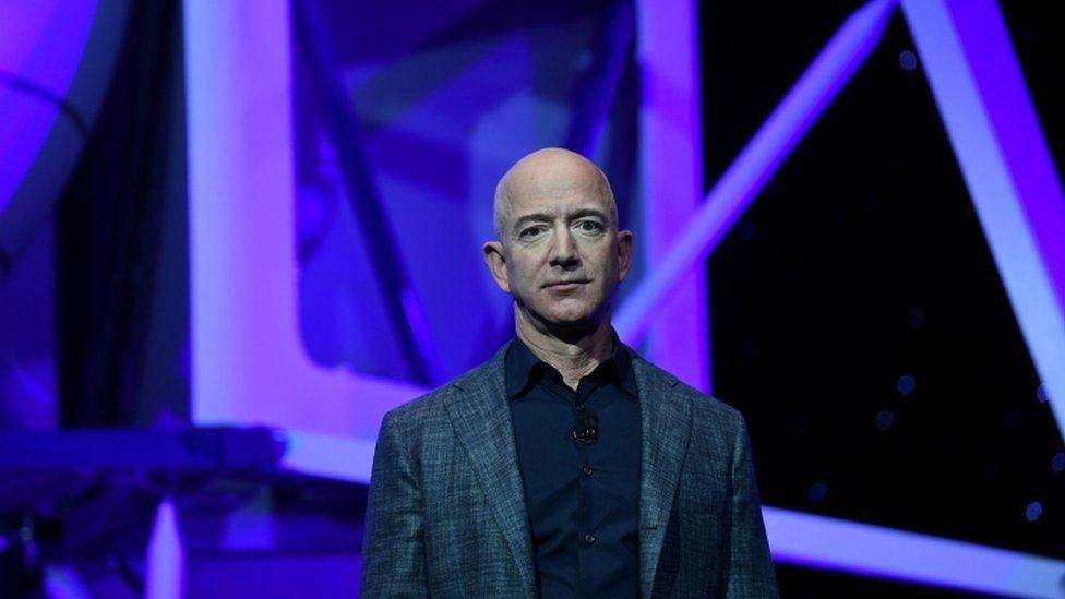 جیف بیزوس بھی اپنی ذاتی دولت کو خلائی ایکسپلوریشن کے مقصد کے لئے استعمال کررہے ہیں