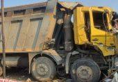 سورت حادثہ: انڈیا میں ٹرک نے فٹ پاتھ پر سوئے 15 مزدوروں کو کچل دیا، 13 ہلاک