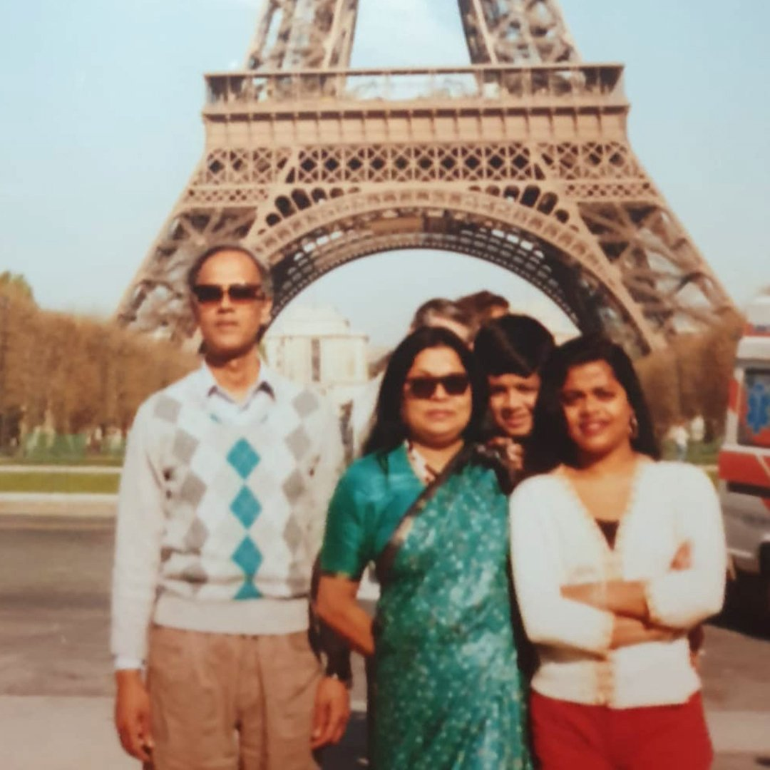 Farah with her parents and siblings in Paris