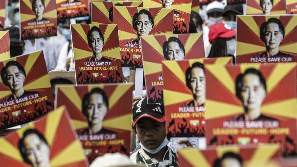 آنگ سان سو چی کی رہائی کا مطالبہ