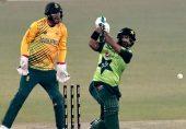 پاکستان کرکٹ ٹیم کی ریکارڈ فتح لیکن کارکردگی پر مسلسل سوالیہ نشان