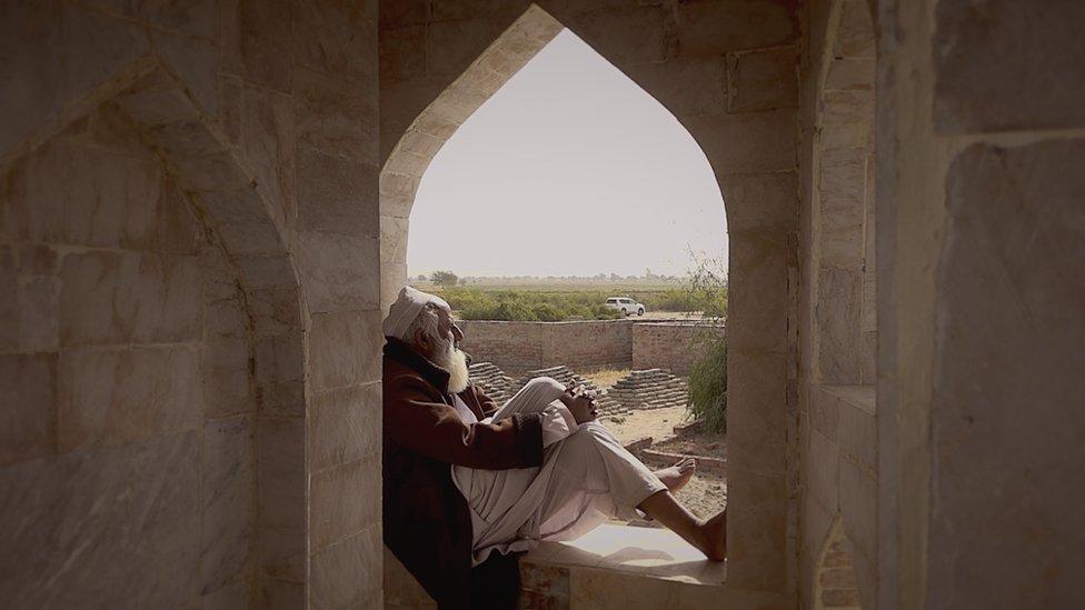 تاج محل، عمر کوٹ