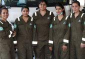 زندگیاں بچانے والی رضا کار خواتین امدادی کارکن: 'کسی مرد کو بچی نکالنے کی اجازت نہیں دیں گے، آپ ہماری مدد کریں'