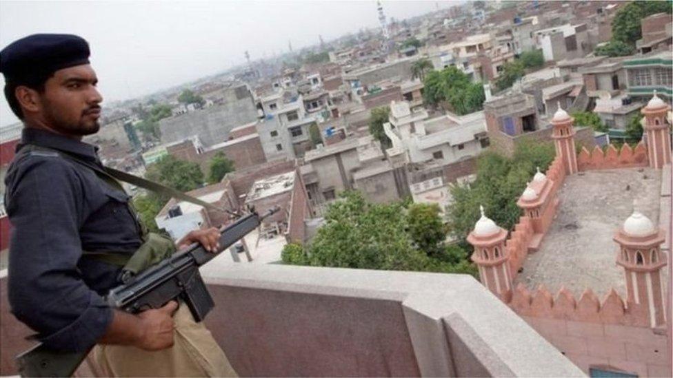 احمدی، پاکستان، قوانین