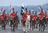 23 مارچ: یومِ پاکستان پر پریڈ کی روایت کب سے قائم ہے اور فوجی پریڈ کی عالمی تاریخ کیا ہے؟