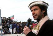 پاکستان تحریک انصاف کا 25واں یوم تاسیس: کیا عوام کے پیسوں سے چلنے والے چینل پی ٹی وی پر کسی سیاسی جماعت کی تشہیر مناسب ہے؟