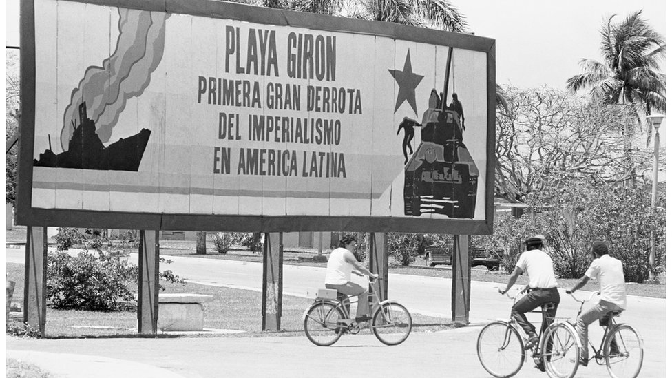'Playa Giron' sign