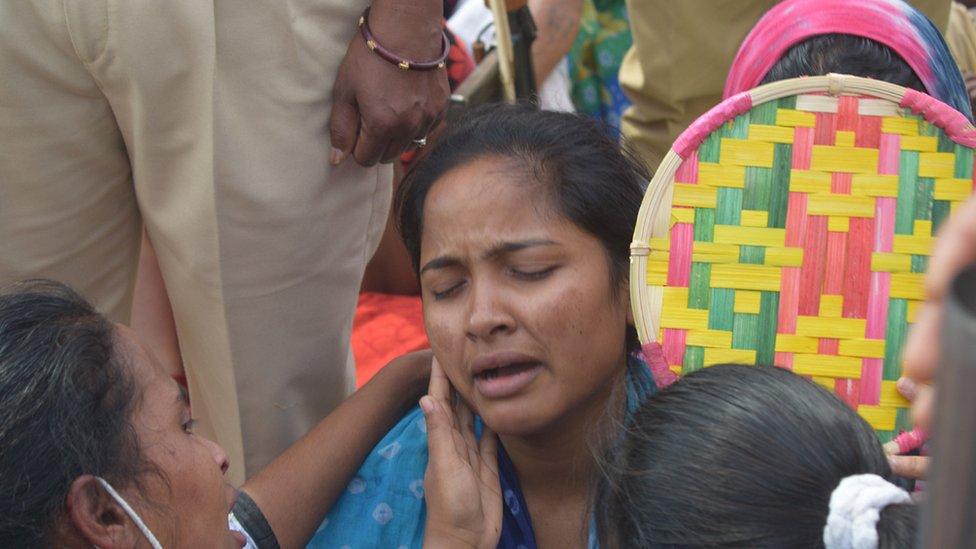 रमेश की पत्नी सुनीता