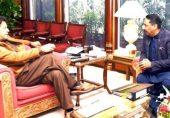 پی ٹی آئی کے ایم این اے نے اپنے خانسامے پر 25 ہزار روپے 'بطور ایڈوانس تنخواہ اور ادھار لینے پر' دھوکہ دہی کا مقدمہ دائر کر دیا