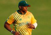 مگالا کی ایک گیند نے ساری کہانی بدل دی
