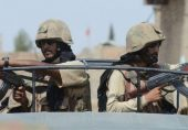 پاکستان، افغانستان سرحد پر باڑ لگانے والی ٹیم پر فائرنگ سے چار ایف سی اہلکار ہلاک، چھ زخمی