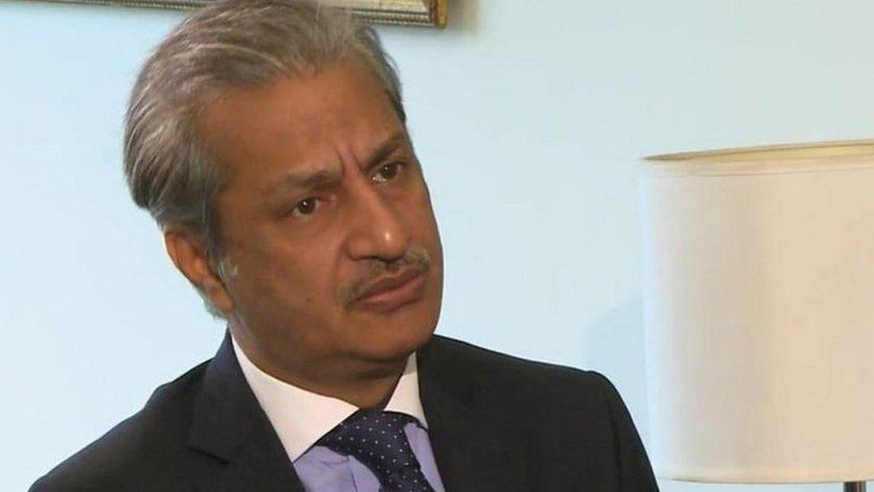 صحافی ابصار عالم