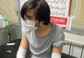 صحافی اسد طور پر 'نامعلوم افراد' کا تشدد، کیا اسلام آباد صحافیوں کے لیے غیر محفوظ ہوتا جا رہا ہے؟