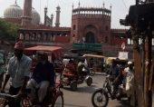 کئی ہفتوں بعد لاک ڈاؤن میں نرمی، 'دہلی میں تو جیسے زندگی لوٹ آئی ہے'