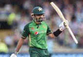 پاکستان بمقابلہ انگلینڈ: تیسرے ون ڈے میں بابر اعظم کی 158 رنز کی شاندار اننگز، انگلینڈ کو جیت کے لیے 332 رنز کا ہدف