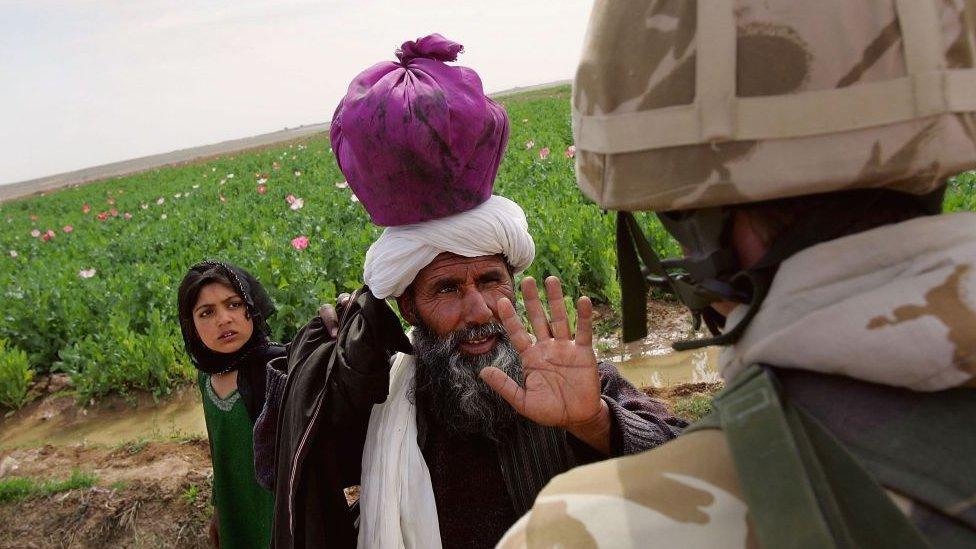 پوست برطانوی فوجی افغان شہری