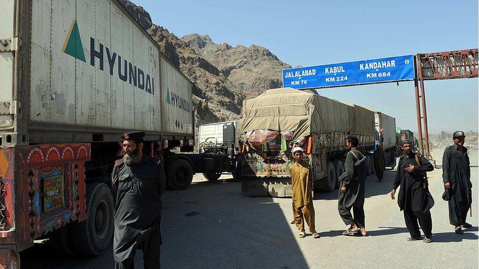 پاکستان-افغانستان، سرحد، طورخم
