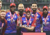 انگلینڈ نے سنسنی خیز مقابلے کے بعد پاکستان کو تین وکٹوں سے ہرا کر ٹی ٹوئنٹی سیریز جیت لی