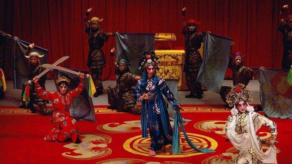 چین کا روایتی سٹیج ڈارمہ