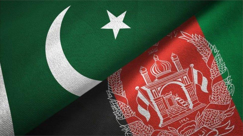 افغانستان، پاکستان