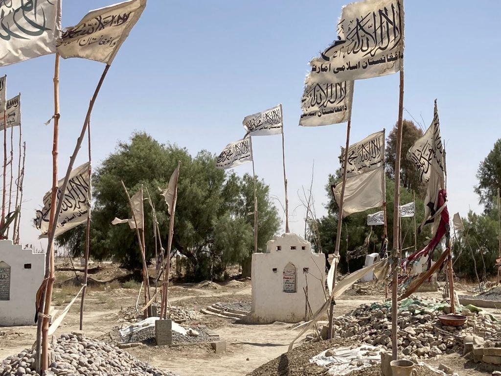 طالبان کے قبرستان