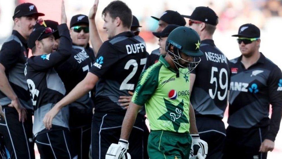 نیوزی لینڈ پاکستان